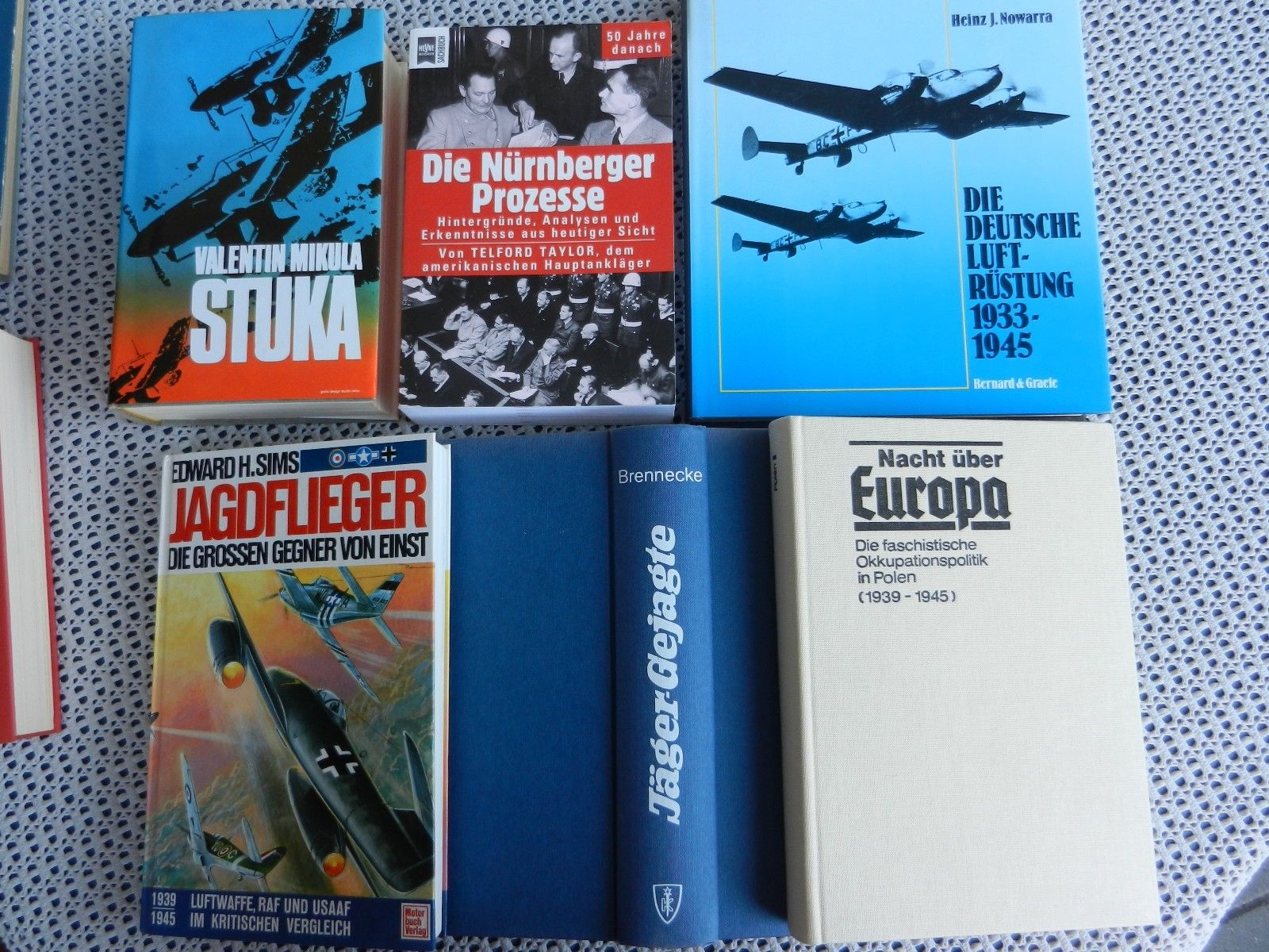 10 Bücher + 8 DVD - 2. Weltkrieg Luftwaffe Flugzeuge Seekrieg U-Boote Luftfahrt