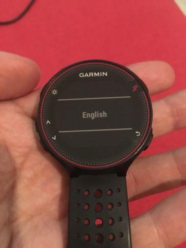 Garmin Forerunner 235 WHR Laufuhr GPS schwarz/rot - Superzustand!