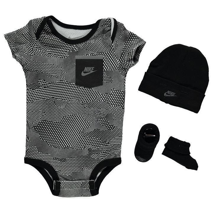 Nike Baby Geschenk Set Junge Strampler Body Schuhe Mütze Newborn schwarz