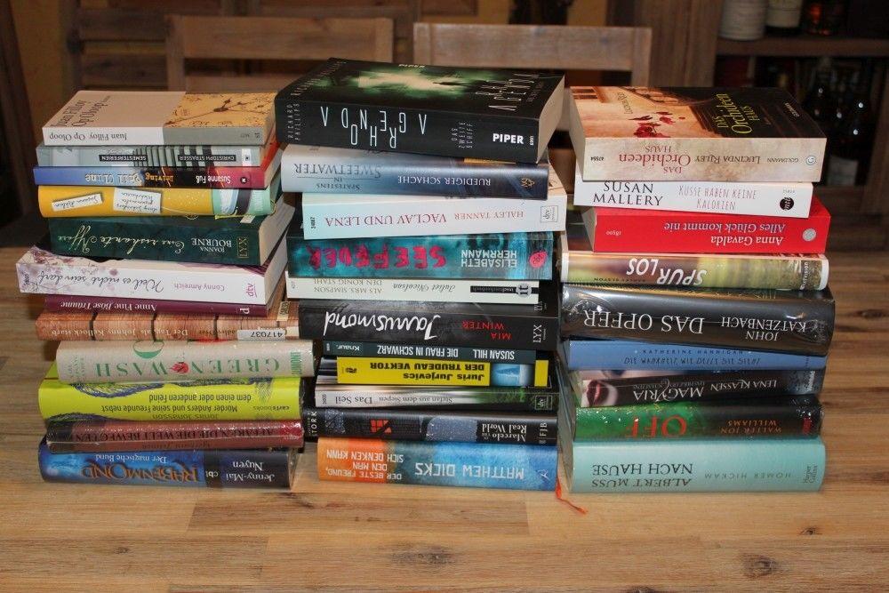 Bücherkiste Buch-Paket 32 Bücher Konvolut Taschenbuch Roman Krimi Flohmarkt