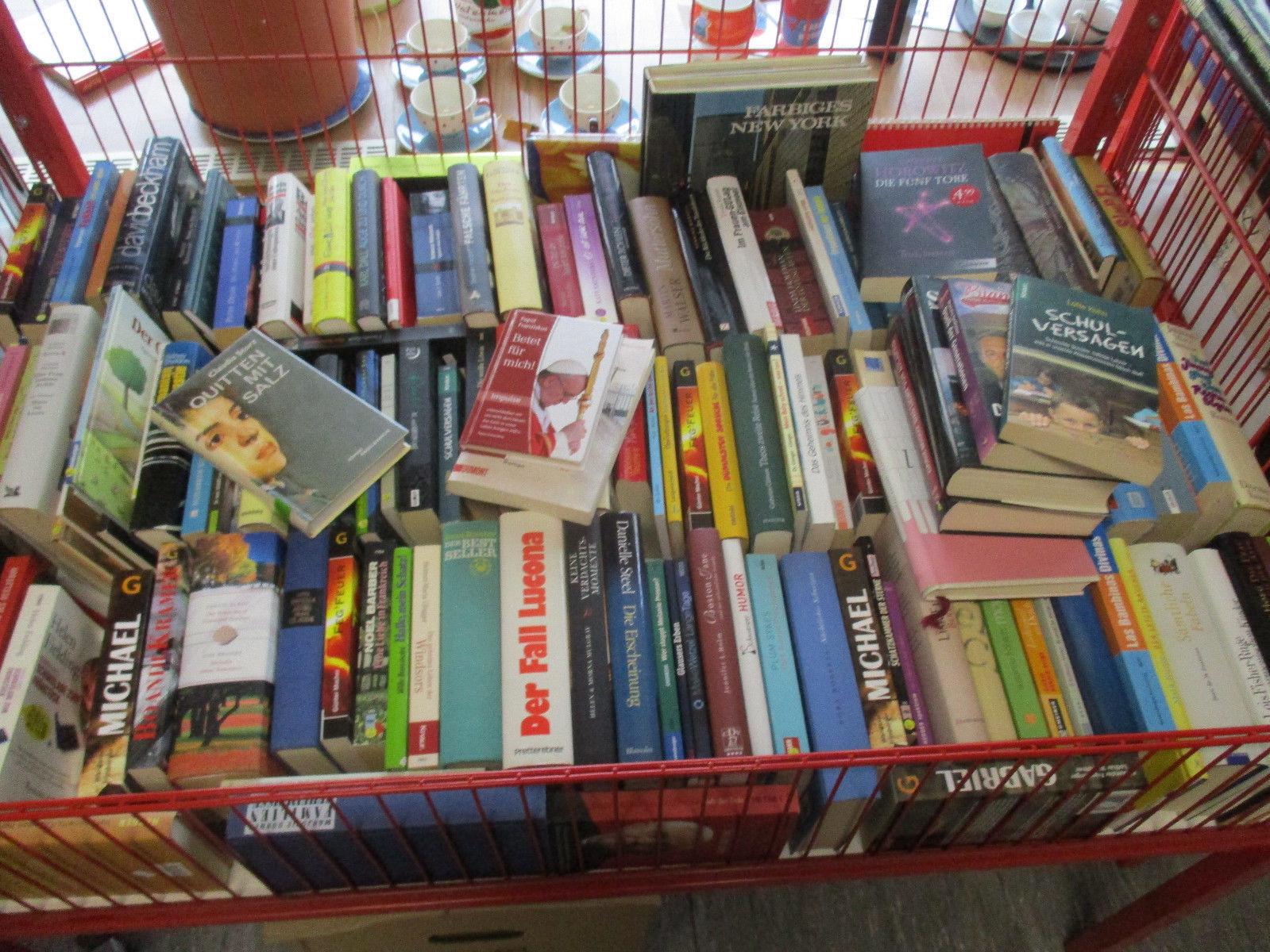 Bücherkiste - Romane - bunt gemischt, gebraucht, ca 40-50 Stück, Konvolut