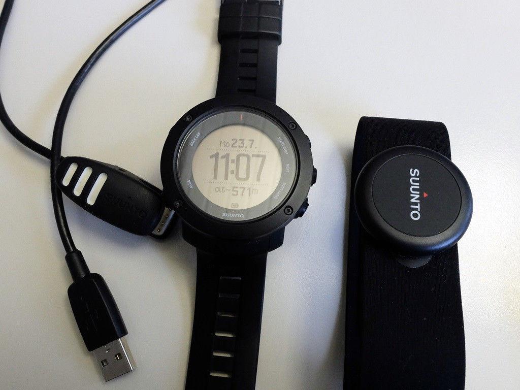 Suunto Ambit 3 Vertical GPS Sportuhr mit Pulsgurt