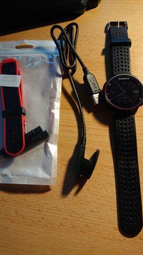 Garmin Forerunner 235 schwarz, Herzfrequenzmessung am Handgelenk, +extra Armband