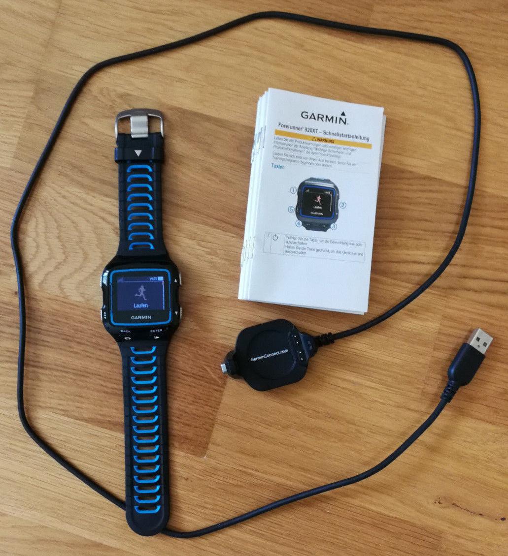 Garmin Forerunner 920XT Multisport-GPS-Uhr, schwarz/blau