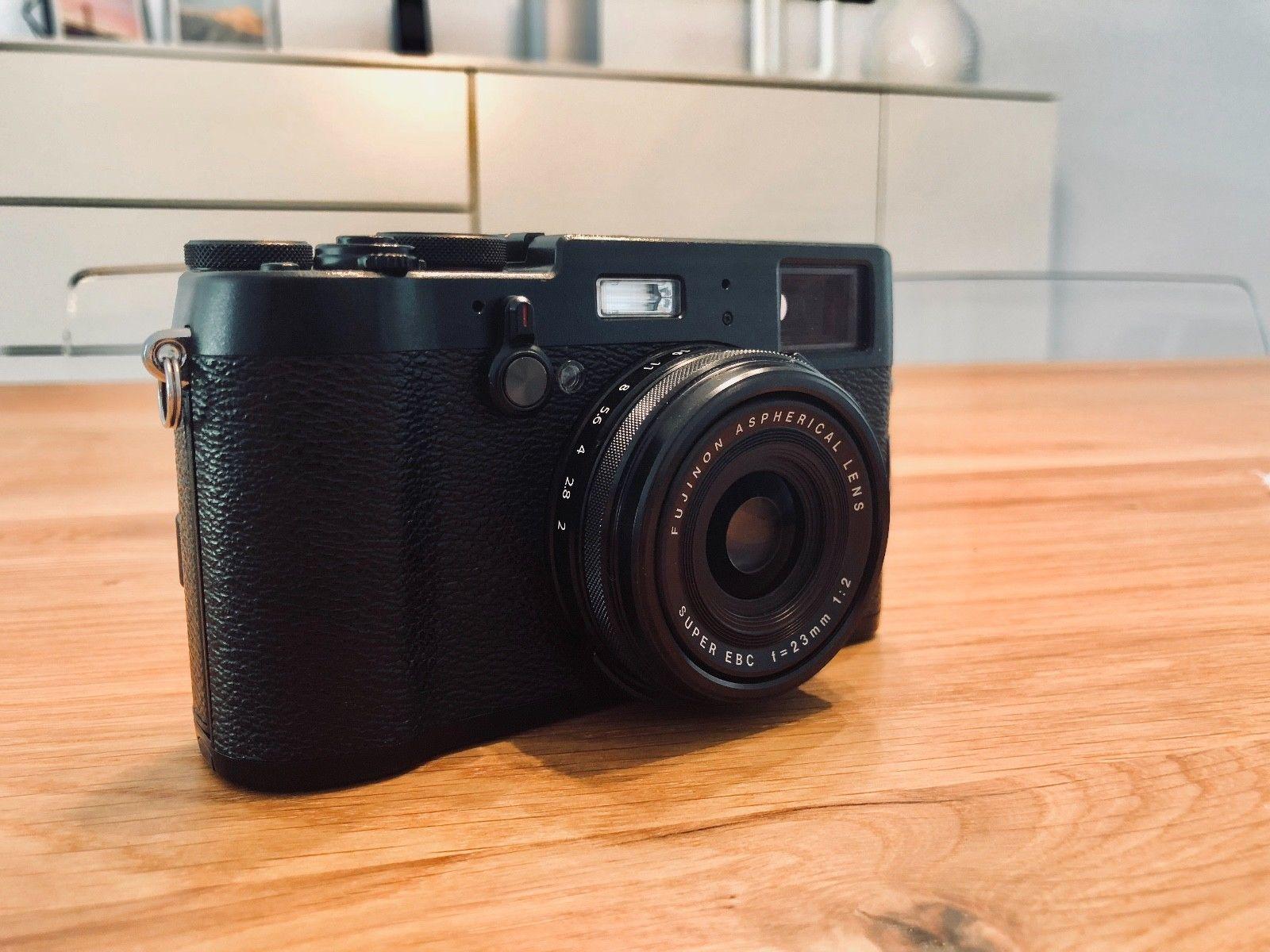 Fujifilm Fuji X100T - Schwarz/Black - Inkl. OVP ***TOP***