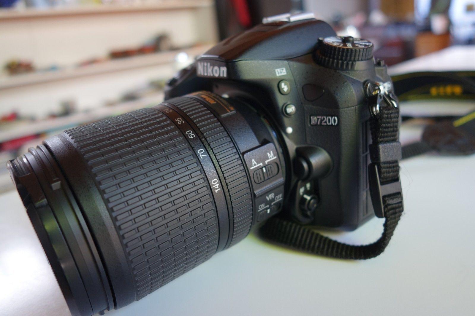 Digitale Spiegelreflexkamera Nikon D 7200 mit Nikon DX VR AF-S Nikkor 18-140mm,