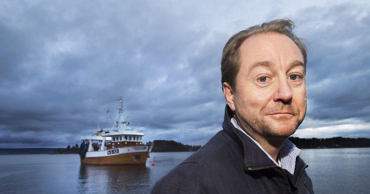 Norwegischer Milliardär investiert einen Teil seines Vermögens in ein Schiff, das Ozeane reinigt