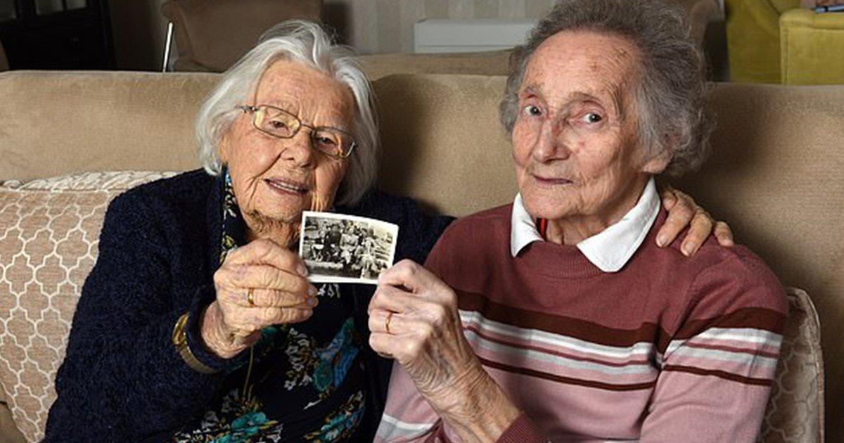 Kindheitsfreunde treffen sich nach 70 Jahren im Pflegeheim wieder